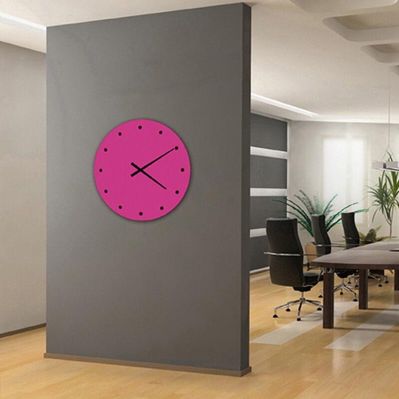reloj pared diseño fucsia