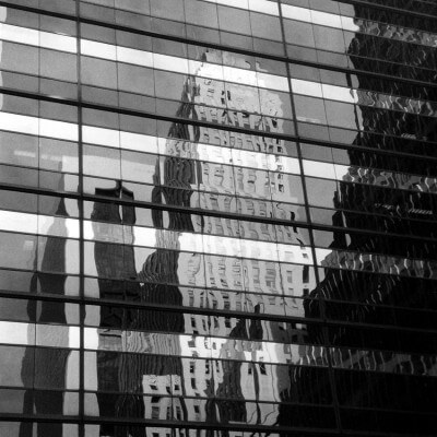 cuadros modernos fotografía reflejo de un edificio en Nueva York