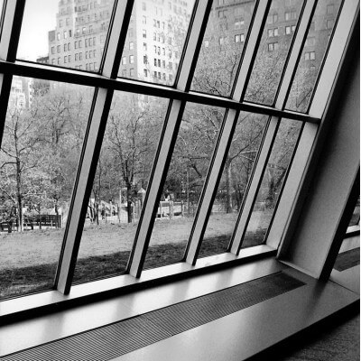 Urban painting photography window - Metropolitan Museum in New