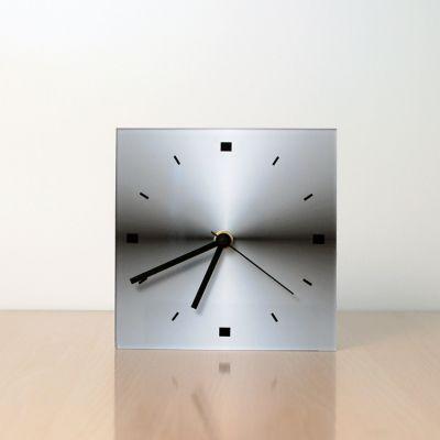reloj moderno de sobremesa diseño CGQ