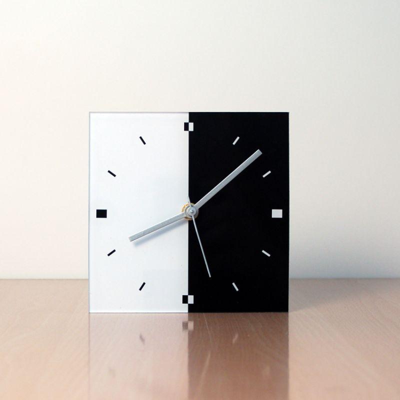 horloge de table design BQN