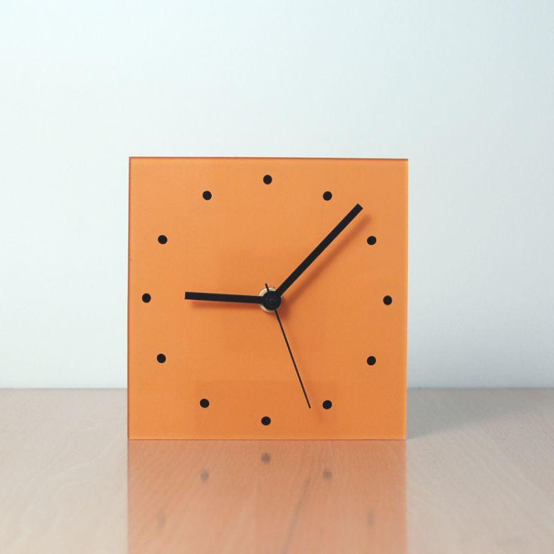 modern and decorative table clock design NARA