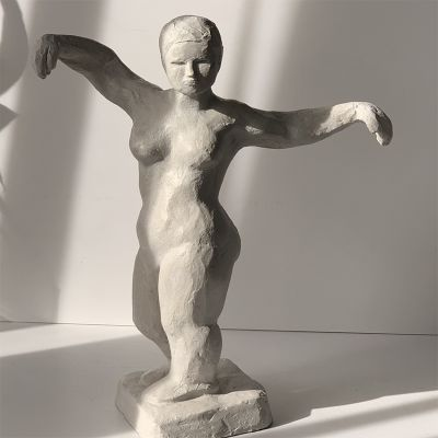 escultura moderna diseño estabilidad