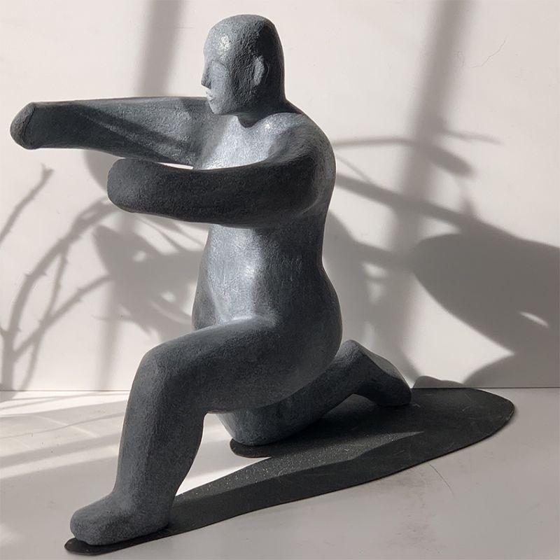 escultura moderna diseño abrazar - acoger