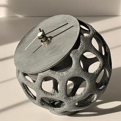 table clock design MAILLE